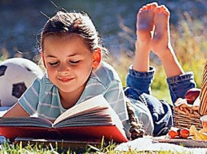 kids-reading-poetry1
